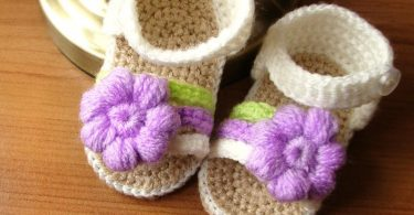 Cream crochet baby sandals crocheted baby girl shoes with