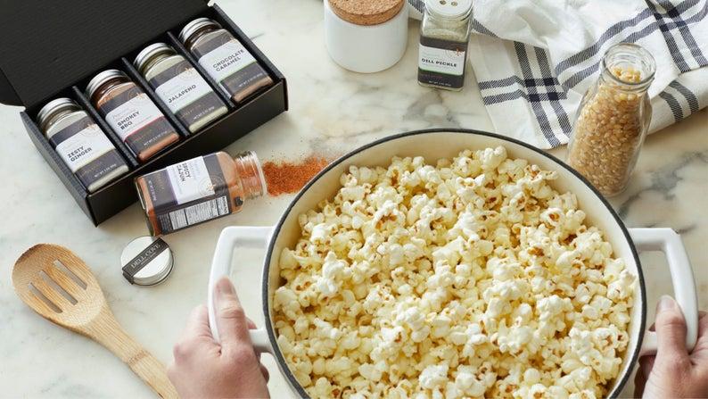 Gourmet Popcorn seasoning  Personalized flavored popcorn