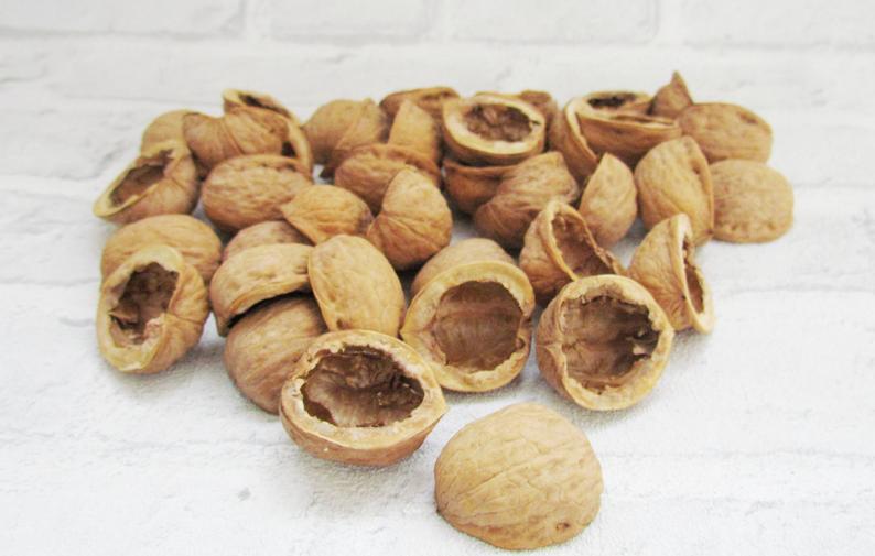 Natural walnut shell Walnut halves Natural Christmas ornament