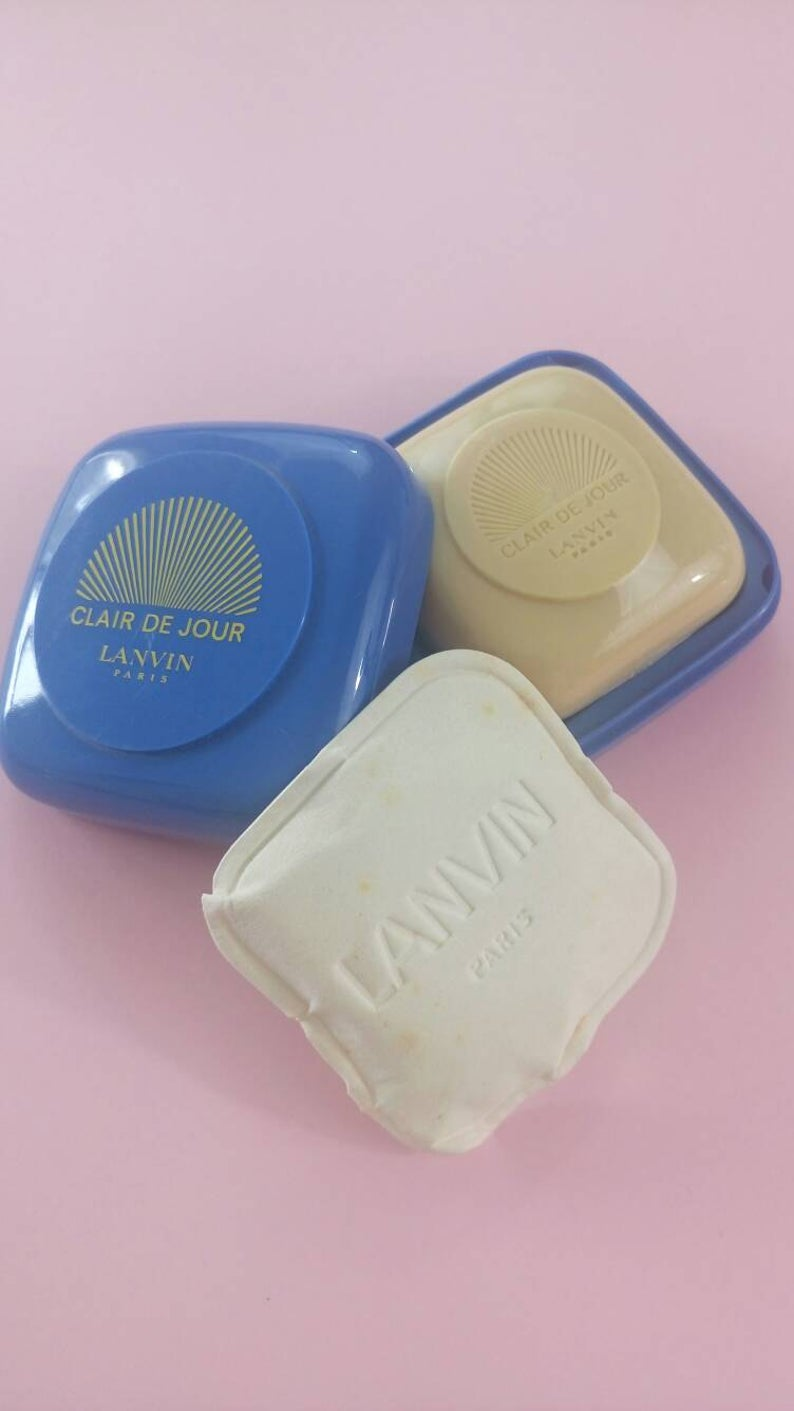 Vintage Clair De Jour Lanvin Paris solid soap dish