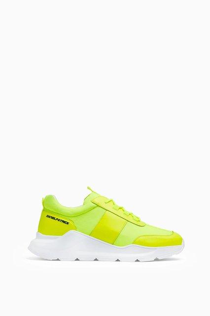 panel runner / neon yellow