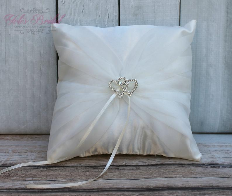FAST SHIPPING Romantic Ring Pillow Ivory Ring Pillow