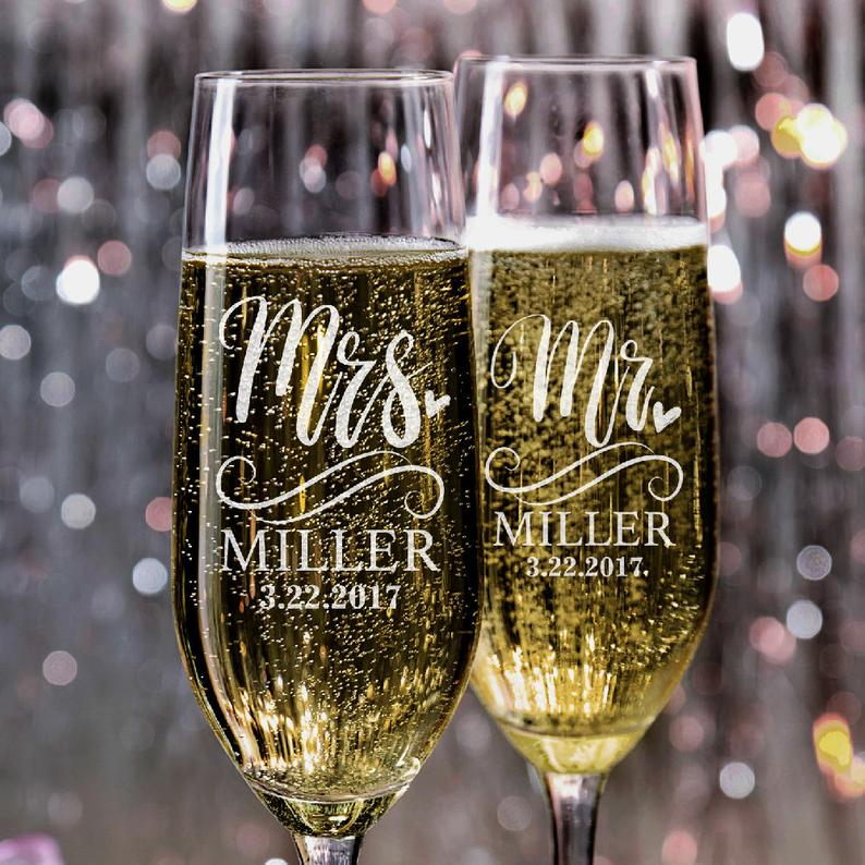 Set of 2 Wedding Champagne Flutes Mr and Mrs Personalized