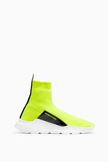 sock runner / neon yellow