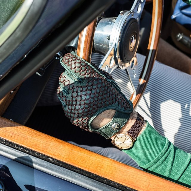 Bespoke Limited Edition Dark Green/Conker Driving Gloves