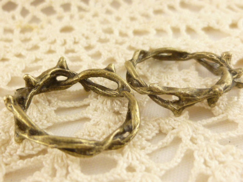Crown of Thorns Twisted Ring Connector Charm Antiqued Bronze