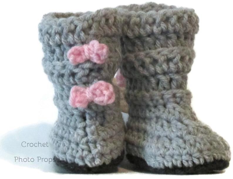 Gray Boots-Baby Girl tall crocheted booties with pink bows