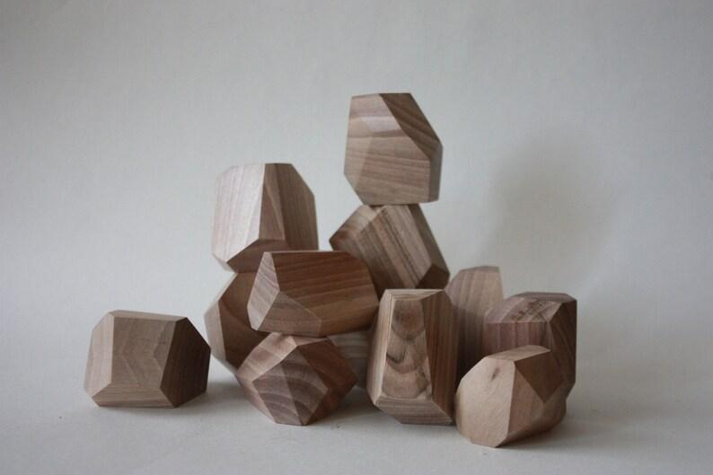 Wooden blocks Gray walnut/tumi ishi