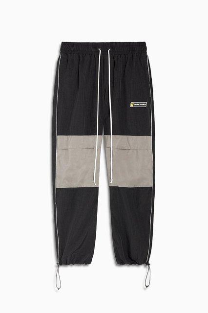 parachute track pant v cargo / black + 3m + smog grey