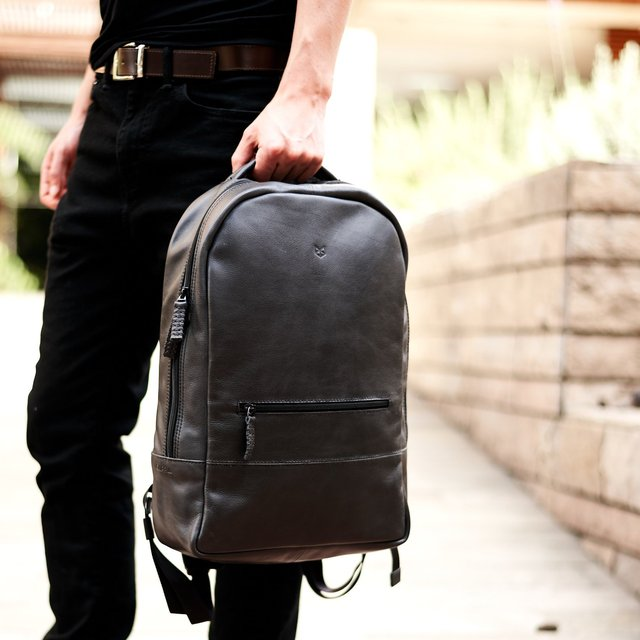 Black Leather Bisonte Backpack Rucksack