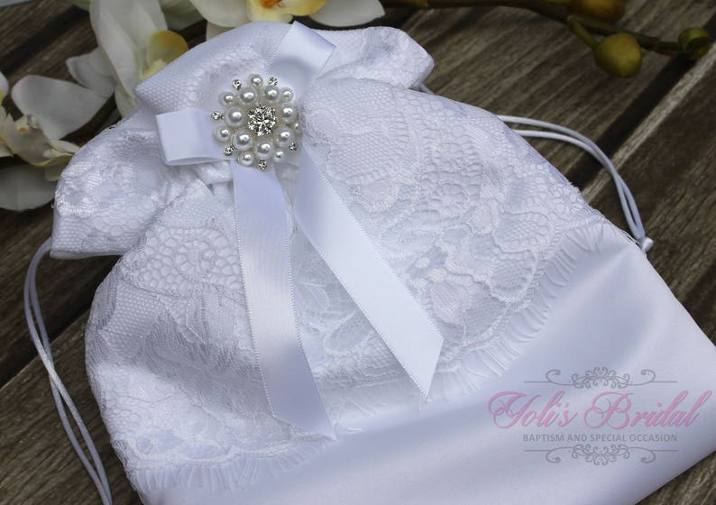 FAST SHIPPING Beautiful and Romantic Cosmetic Bag Lace