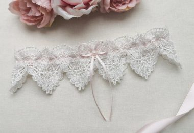 Ivory venise lace garter pink wedding garter guipure lace