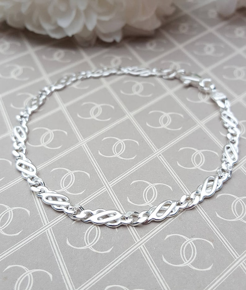 Ladies Small Solid Sterling Silver Celtic Bracelet 7
