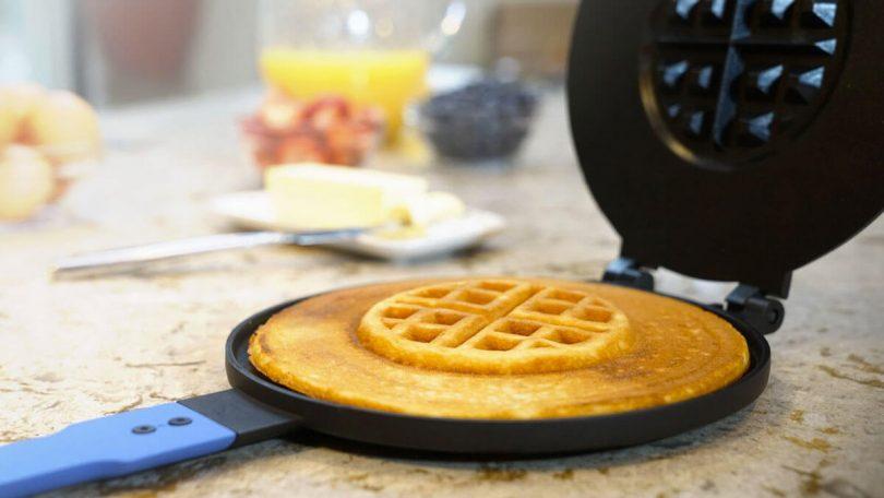 PanWaffle – Hybrid Pancake/Waffle Maker