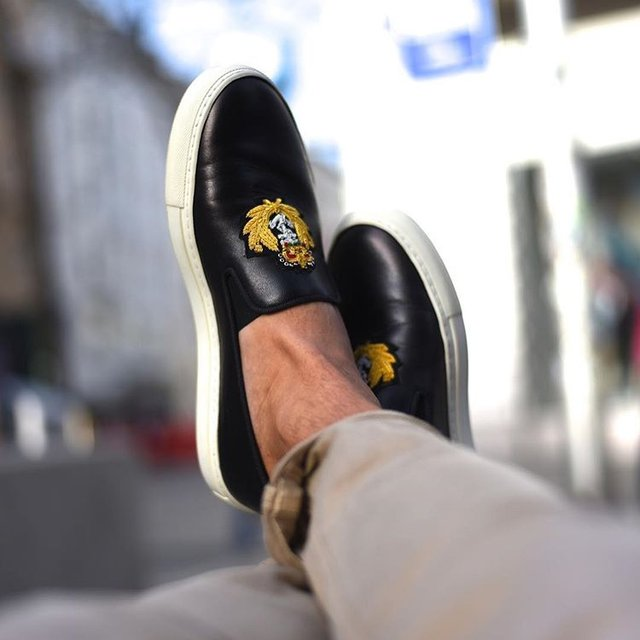 Raoul Nappa Black Skate Slip-On